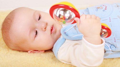 Развивающие игрушки для детей трех месяцев