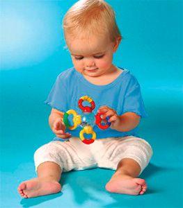 Навыки ребенка в 9 месяцев